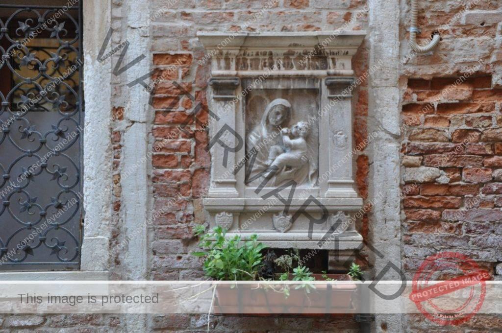 Corte dei Mercanti - Santa Croce