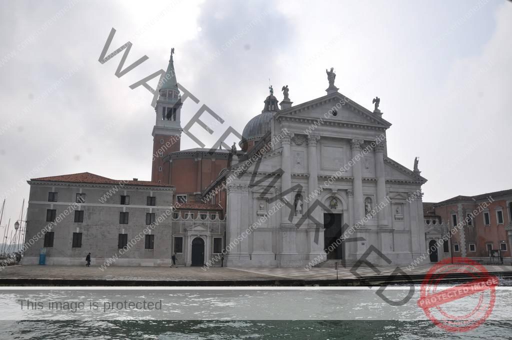Sculture Sulla Facciata Della Chiesa Di San Giorgio Maggiore
