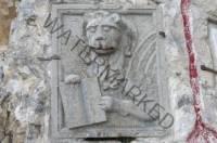 Cippo confinario leone